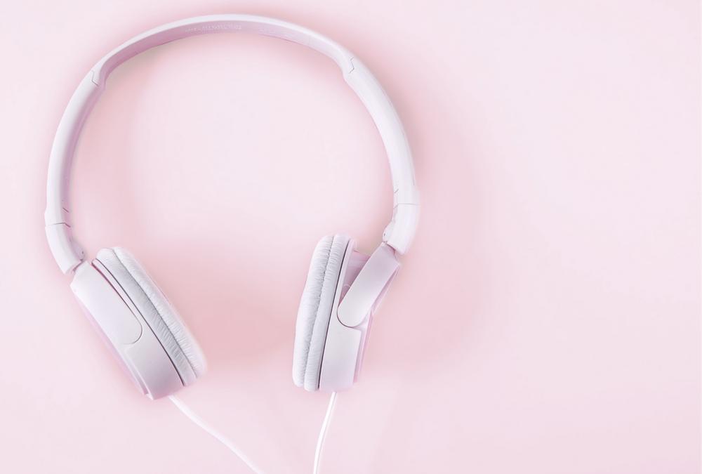 Stworzone, jak dla matek – podcasty (+lista do przesłuchania)