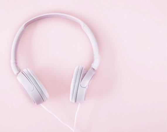jakich podcastów warto słuchać